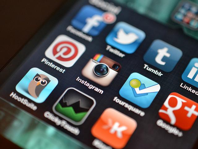 How to Avoid Social Media Addiction.