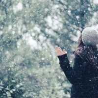 3 Ayurvedic Tips for Staying Happy & Healthy Through Winter.