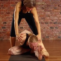 Dear Yoga Teachers: Stop Hurting Yourself & Others.