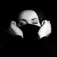 4 Steps to Calmly Maneuver through Fear & Worry.