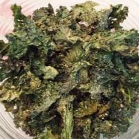 Cheesy Kale Chips: A Delish Super-Food & Super-Snack. {Vegan Recipe}