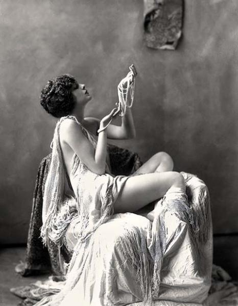 vintage woman sensual sexy