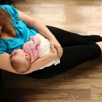 10 Things I want every Struggling new Mom to Know.