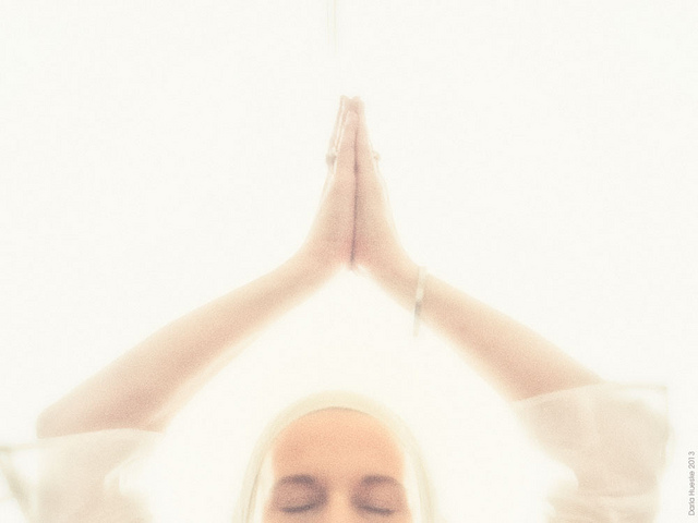 mudra gesture keep up kundalini kriya yoga