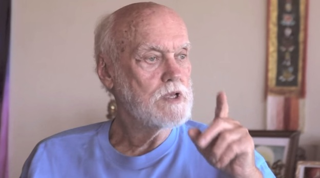 ram dass spiritual teacher youtube screenshot courtesy of eric klein