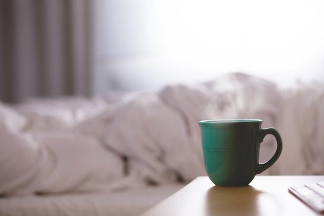 tea coffee bed morning
