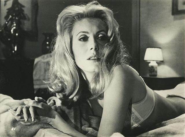 famous-libra-catherine-deneuve-vintage-film