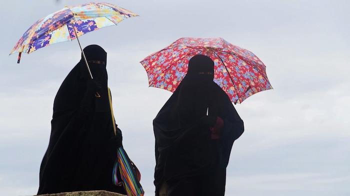 burka-1003353_1280