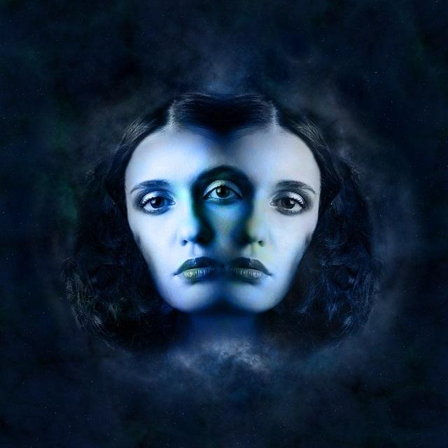 horoscope-twins-sky-dark-side-pluto