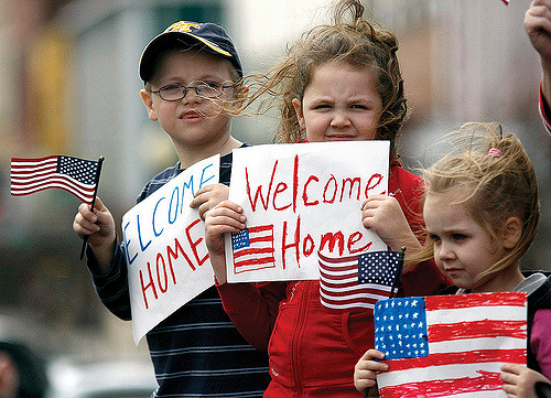 welcome-america-usa-parade-children-veterans
