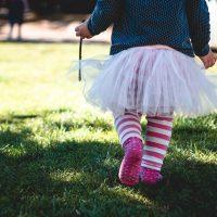 Am I a Bad Mom if I let my Child Fall & get Hurt?