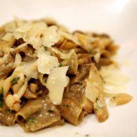 Yummy, Creamy, Mushroom Pasta. {Vegan Recipe}