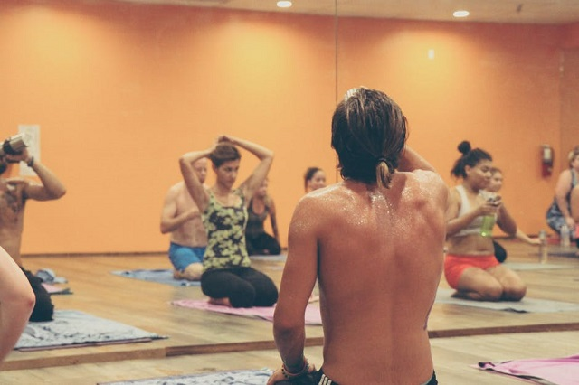 Hot Yoga: should you Chill Out? Know your Risks ...