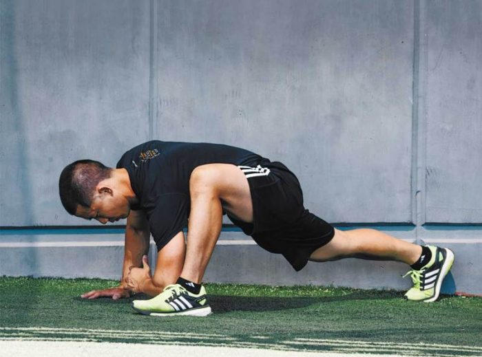 The Best 20-Minute Uncommon Bodyweight Workouts for Weight